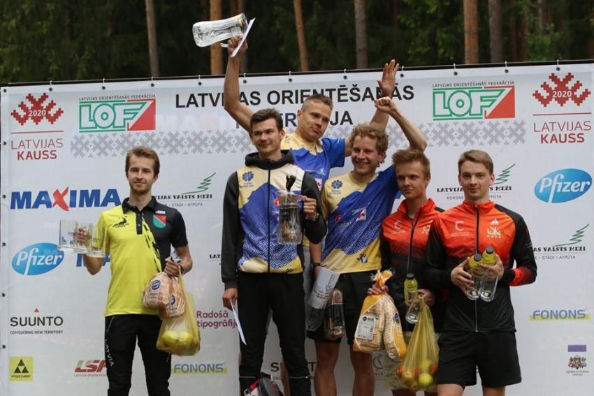 Azimuta komandām panākumi Daugavas kausā
